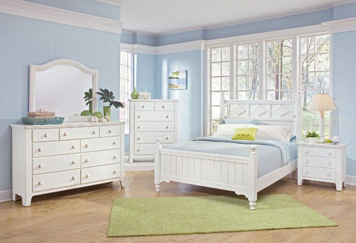white bedroom furniture blue walls