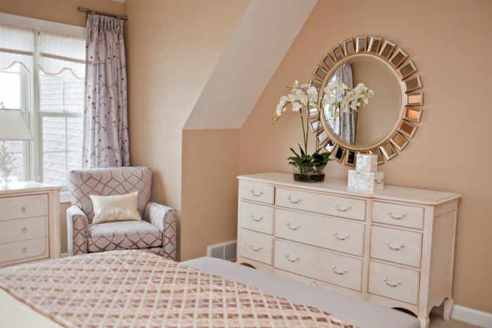 Bedroom Dresser Decorating Ideas