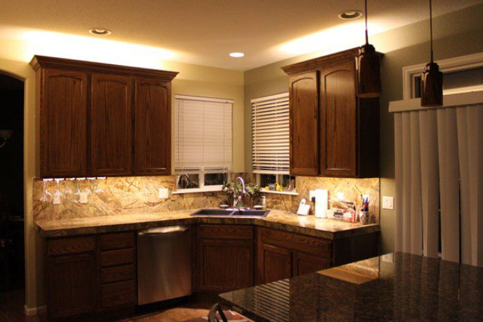 Led Lighting Above Kitchen Cabinets