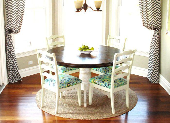 Round Kitchen Nook Tables