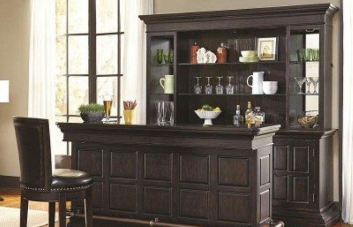 Corner Mini Bar Design in Living Room