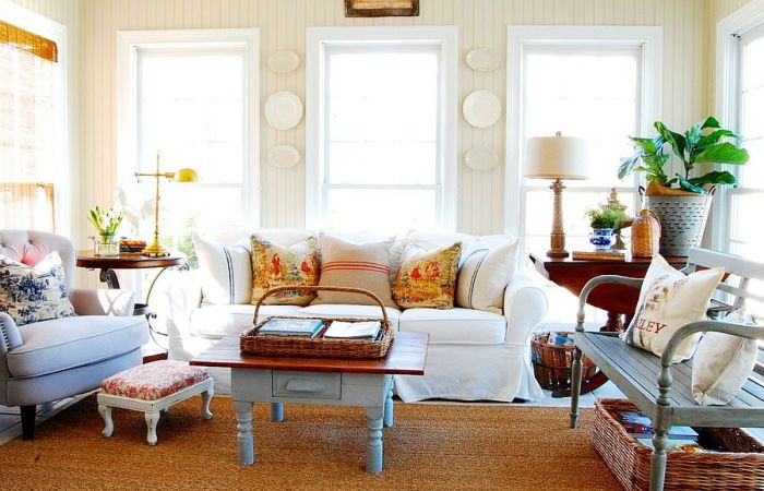 Beautiful French Country Living Room Design Idea