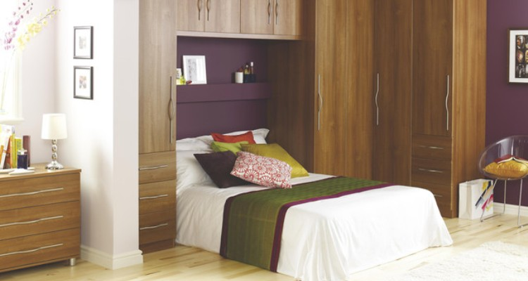 Custom Bedroom Storage Cabinets for Storing Your Valuable Stuffs