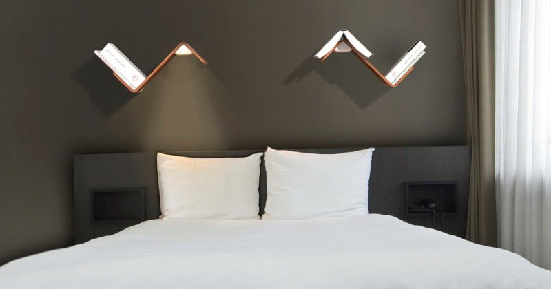 Bedroom wall reading lamps