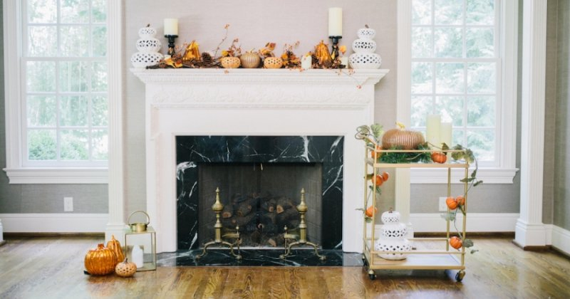 Candle holder for fireplace mantel