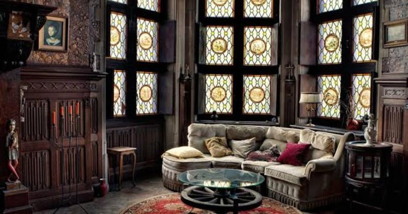 Gothic living room wallpaper
