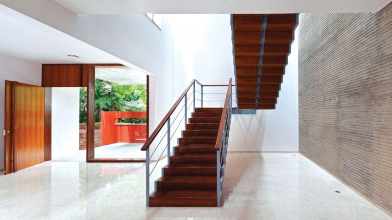 Sculptural staircase design ideas