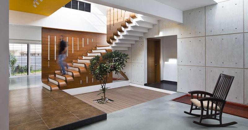 Sculptural staircase design interior