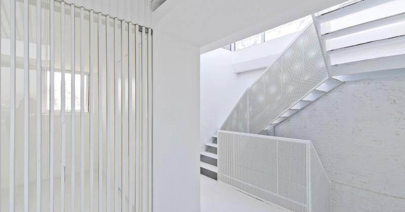 Sculptural white staircase