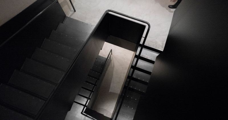 Sculpture staircase design trends
