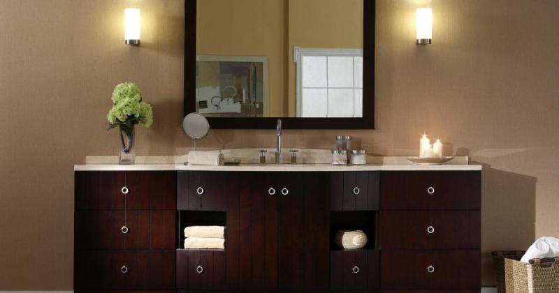 Bathroom vanity with lighting