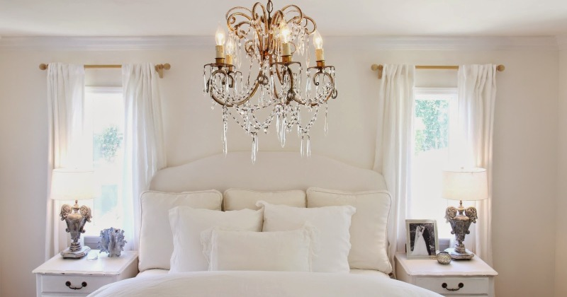 Bedroom Chandelier Lighting