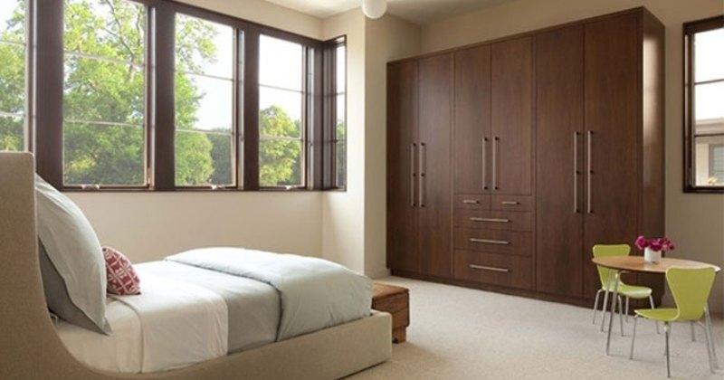 Bedroom cupboard interior design