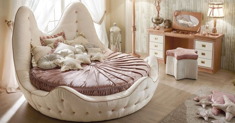 Bedroom ideas with round beds