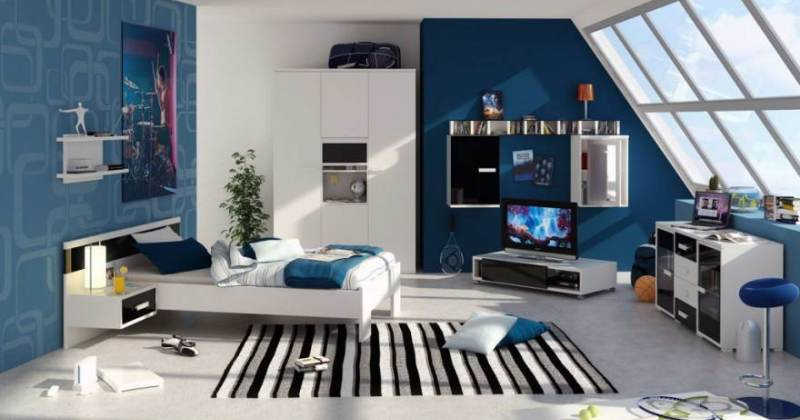 Blue and white bedroom decorating ideas