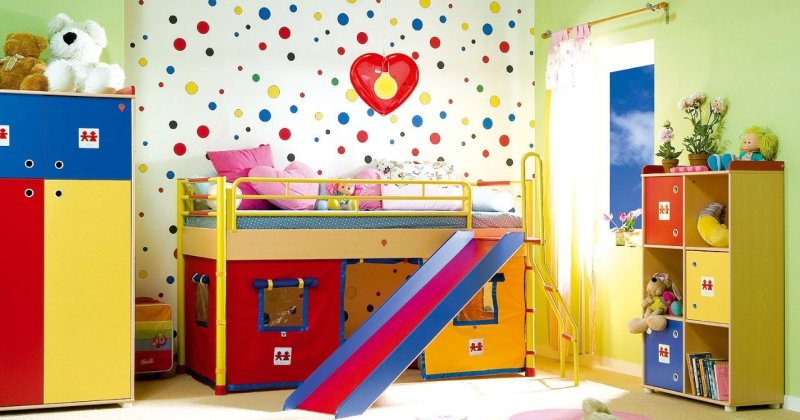 Children's room painting pictures