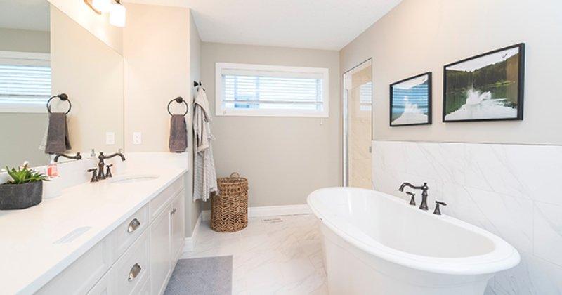 Clean bathroom decor ideas