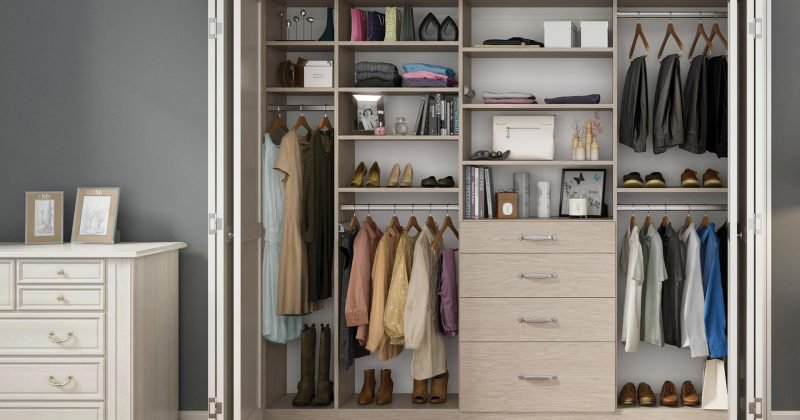 Closet chest drawers