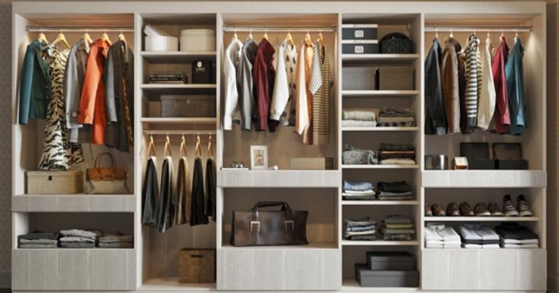 Closet design with drawers
