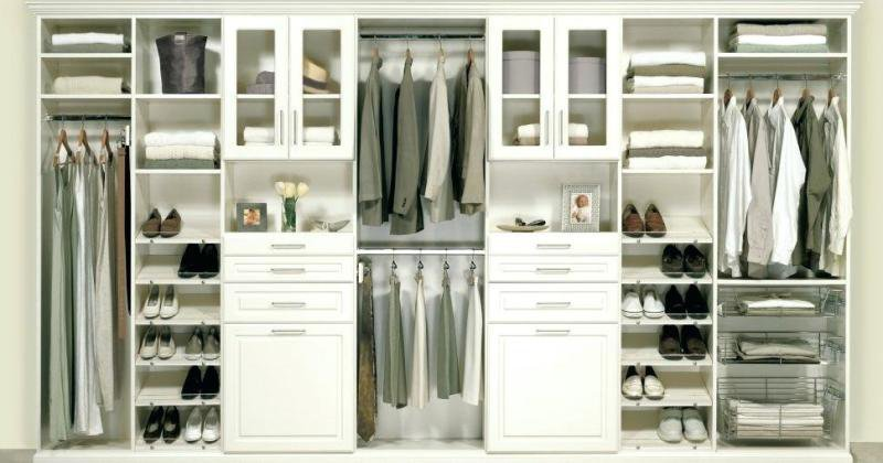 Closet drawers storage