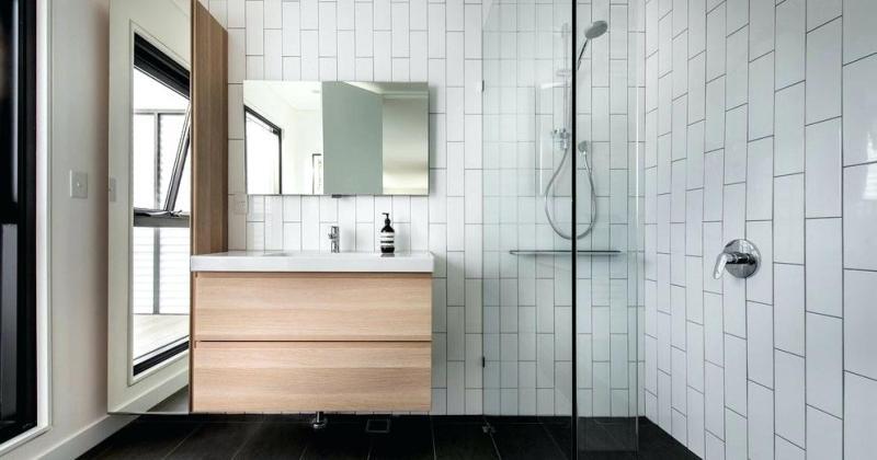 Elegant small white bathrooms