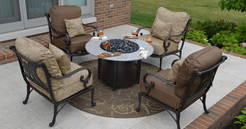 Fire pit table and 4 chairs
