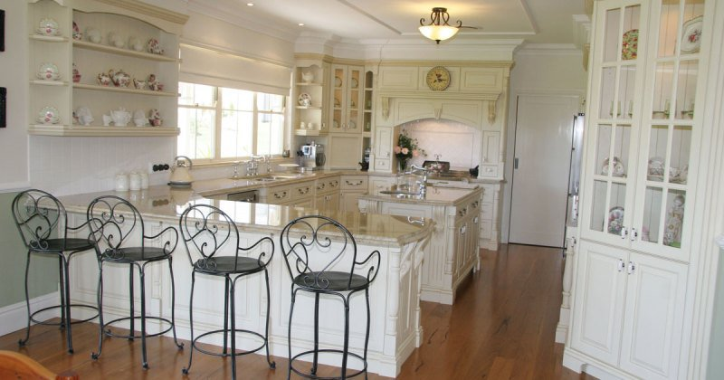 French provincial kitchen decorating ideas