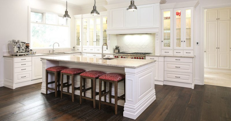 French provincial kitchen table and chairs