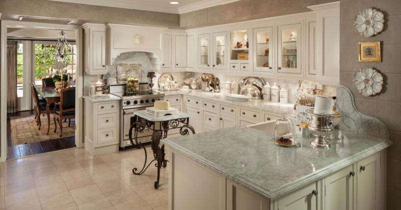French provincial kitchen wall tiles