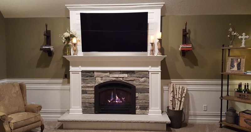 Gas fireplace stone veneer