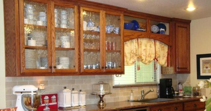 Glass cabinet design for kitchen