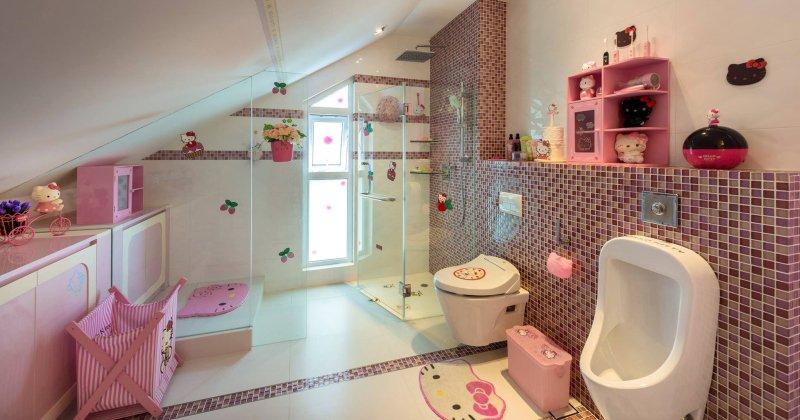 Hello kitty kids bathroom