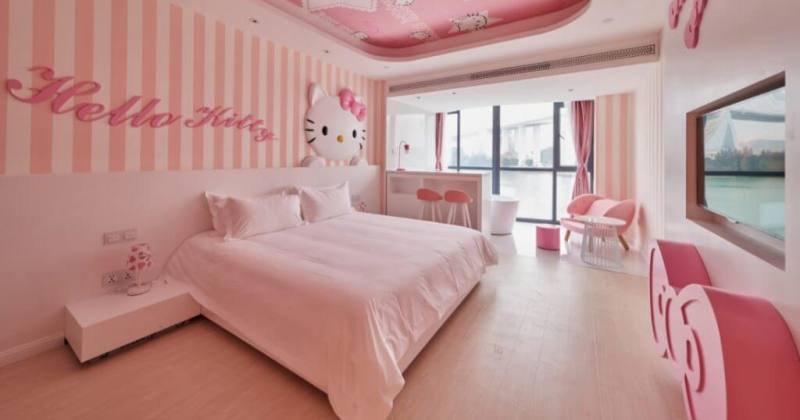 Hello kitty kids bedroom decor