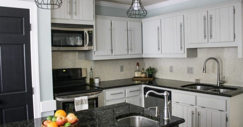 Laminate backsplash for kitchen