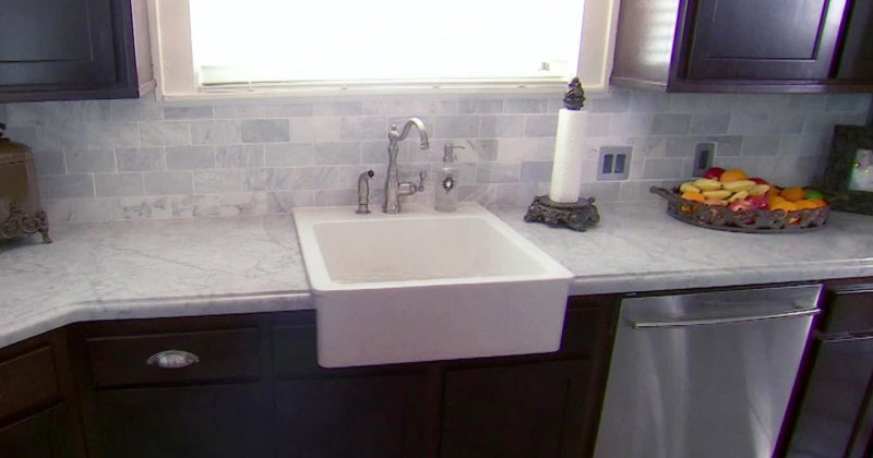 Laminate kitchen countertops with backsplash