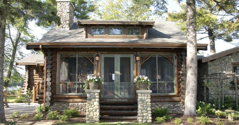 Log cabin furniture and decor exterior