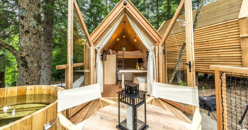 Luxury treehouse rentals near me