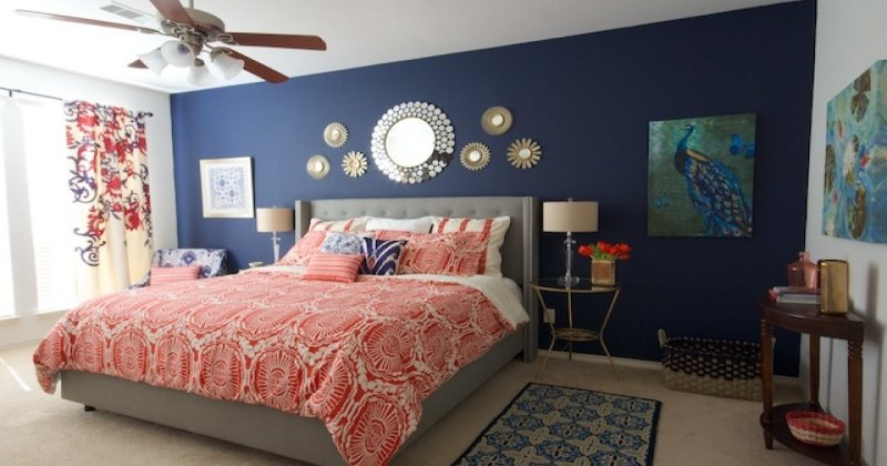 Navy blue and white bedroom decor