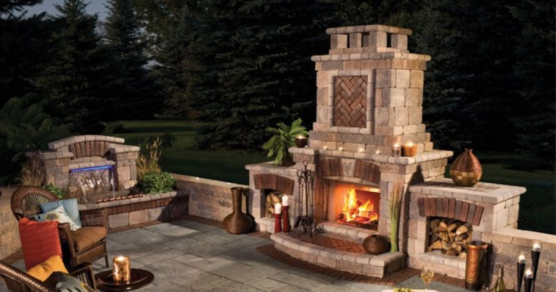 Outdoor portable gas fireplace