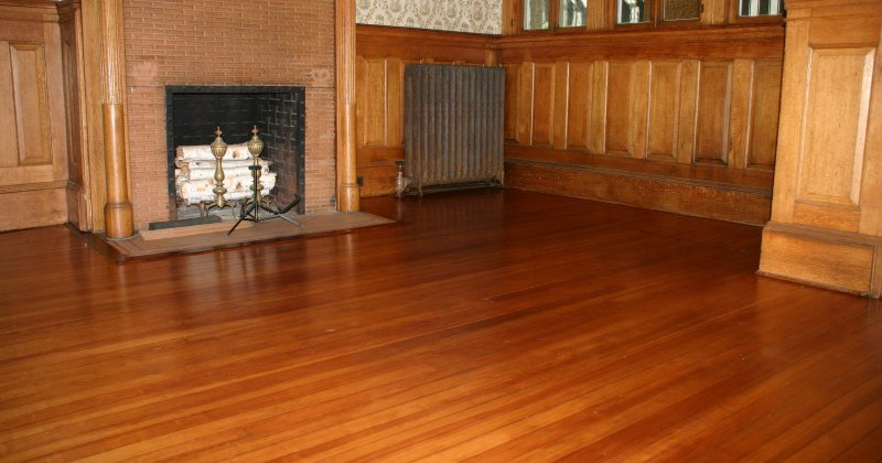 Red oak vinyl plank flooring