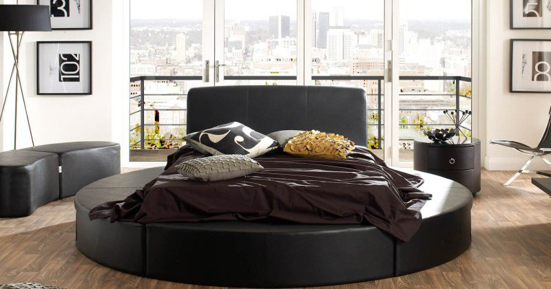 Round beds in bedroom