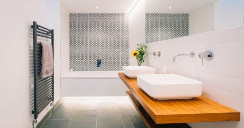Scandinavian small bathroom design