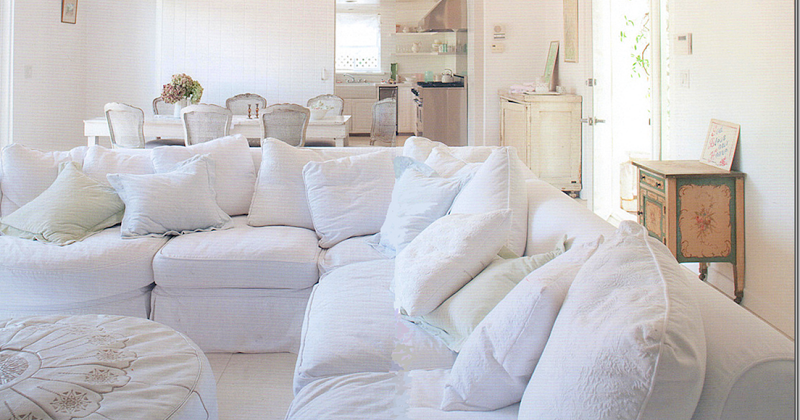 Shabby chic white couch