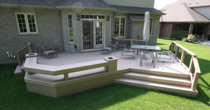 Simple deck designs with benches