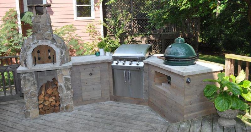 Small courtyard kitchen garden