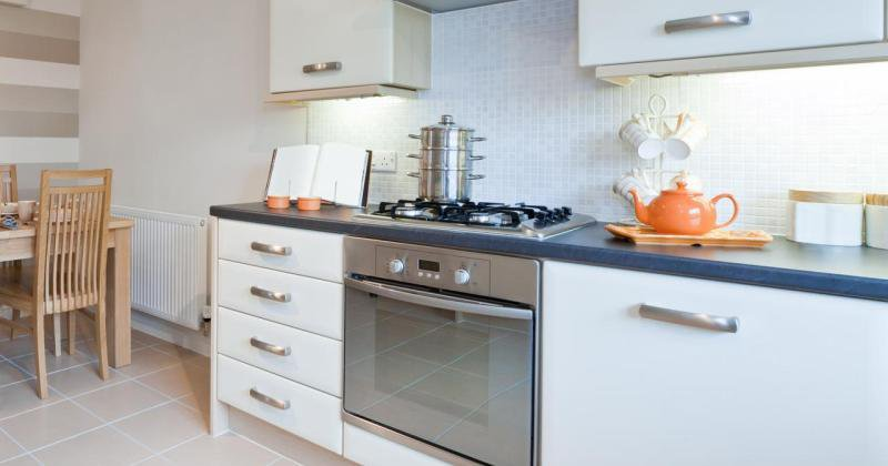 Small kitchen design cabinets
