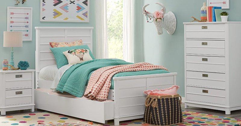 Teenage girl room furniture