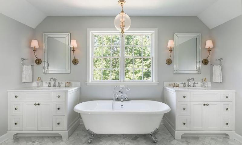 Bathroom pendant lighting placement