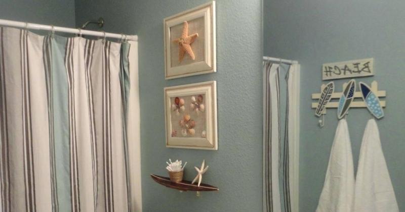 Beach themed small bathroom