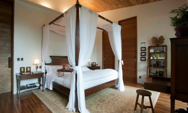 Canopy bed bedroom ideas